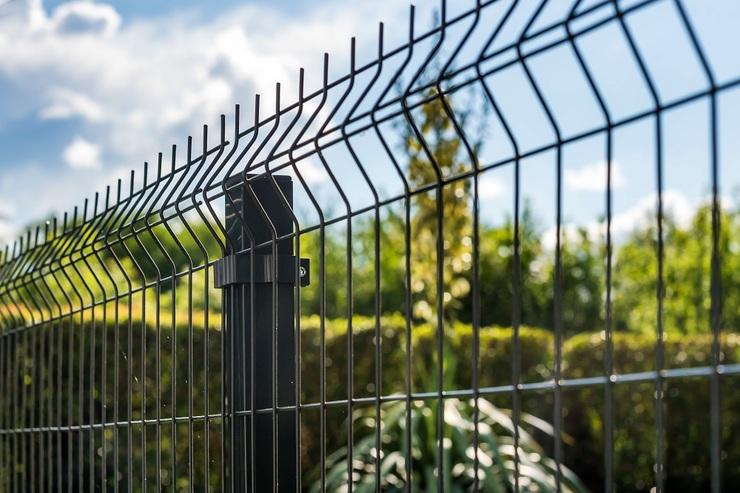 Poradnik dom i ogród - Jak wykonać ogrodzenie? | Poradnik kobiety