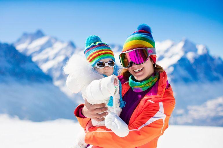 Ochrona UV w sezonie zimowym – czy wiesz, dlaczego jest niezbędna?