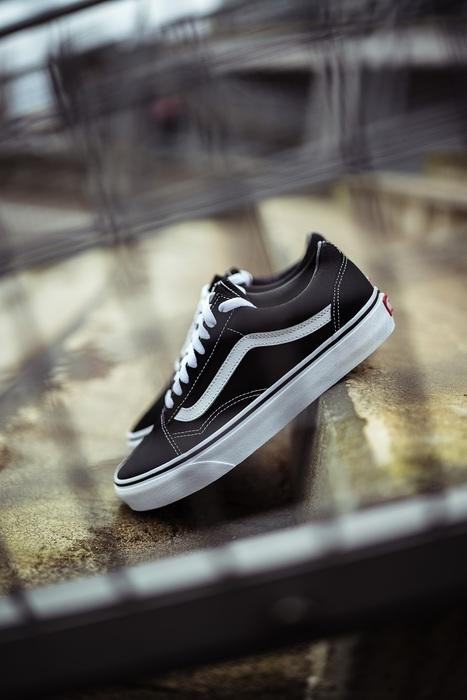Kultowe obuwie marki Vans - co je wyróżnia?
